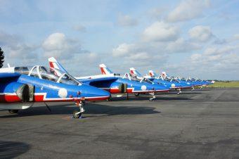 La Patrouille de France en vol à LFRZ